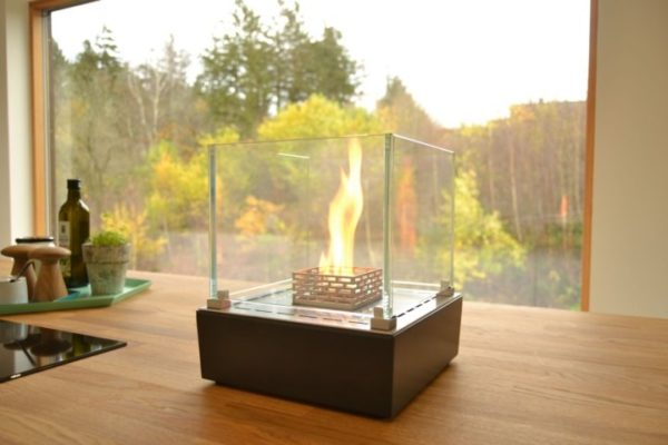 Biokominek Nice Table-Top w salonie