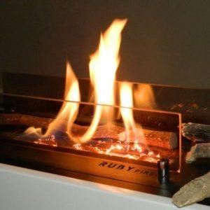 Efekt żarzenia Ruby fires w kominku