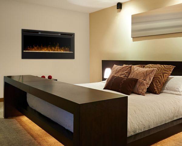 Kominek elektryczny Synergy LED aranżacja w sypialni