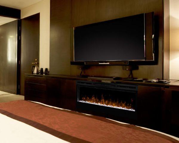KomienkPrism 74 LED poniżej ekranu tv
